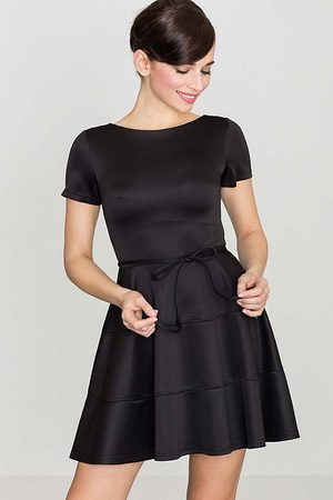 Kobieta Sukienki koktajlowe i wieczorowe - Rozkloszowana sukienka z krótkim rękawem - czarna