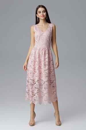 Figl Różowa rozkloszowana sukienka koronkowa na szerokich ramiączkach