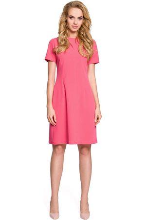 MOE Różowa sukienka koktajlowa z kontrafałdą na plecach