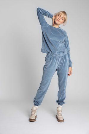 MOE Spodnie joggers z welurowej dzianiny - niebieskie