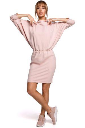 MOE Kobieta Spódnice i sukienki - Sukienka sportowa z dekoltem v na plecach - różowa