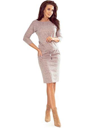 Numoco Kobieta Spódnice i sukienki - Sukienka sportowa ściągana w pasie - pudrowa