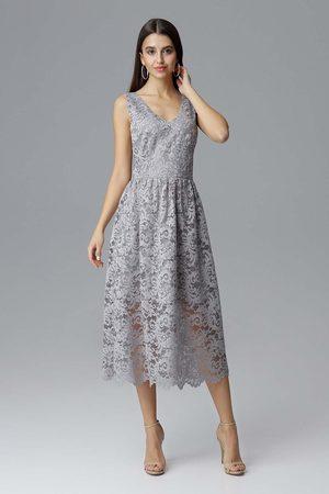 Figl Szara rozkloszowana sukienka koronkowa na szerokich ramiączkach