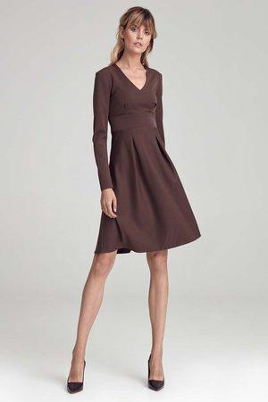 Nife Trapezowa sukienka z długim rękawem - brązowa