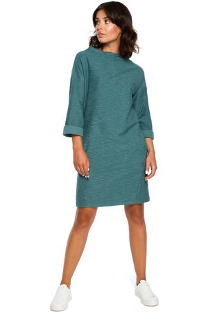 MOE Turkusowa prosta sukienka dzianinowa z kieszeniami