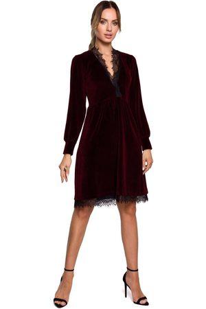 MOE Kobieta Sukienki koktajlowe i wieczorowe - Welurowa rozkloszowana sukienka z koronką - bordowa