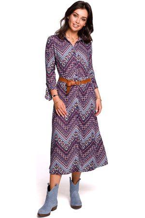 MOE Wzorzysta midi sukienka zapinana na guziki model 1
