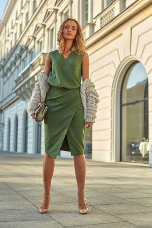 MOE Zielona wizytowa sukienka kopertowa bez rękawów