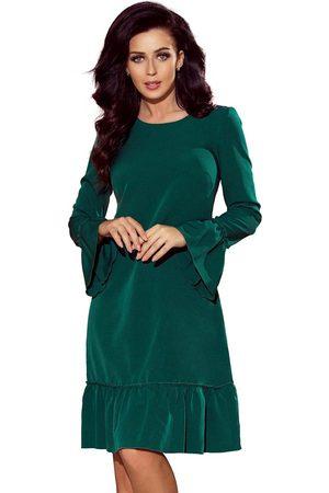 Numoco Kobieta Sukienki koktajlowe i wieczorowe - Zielona wizytowa sukienka trapezowa z falbankami