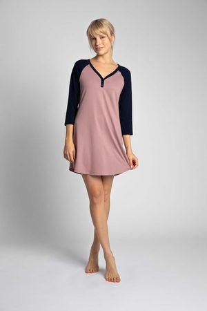 MOE Kobieta Koszule i Koszulki nocne - Dwukolorowa koszula nocna z bawełny - wrzosowa