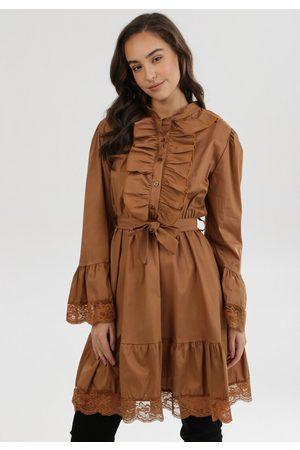 The Other Kobieta Sukienki - Ciemnobeżowa Sukienka Trislar