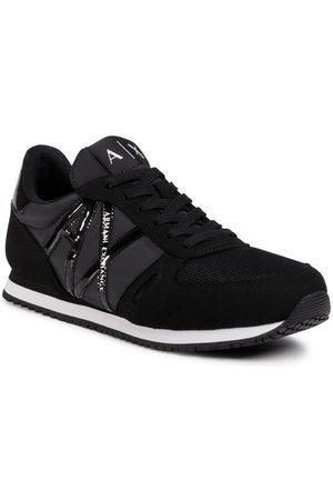 Armani Sneakersy XDX031 XCC62 00002