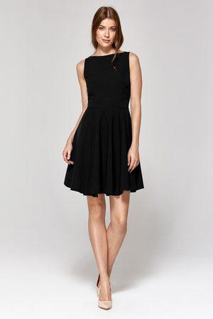 Nife Kobieta Sukienki bez rękawów - Rozkloszowana sukienka bez rękawów - granatowa