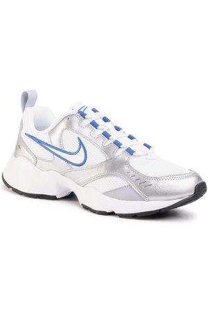 Nike Buty Air Heights AT4522 103