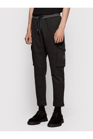 HUGO BOSS Spodnie dresowe Skylight 50443635 Regular Fit