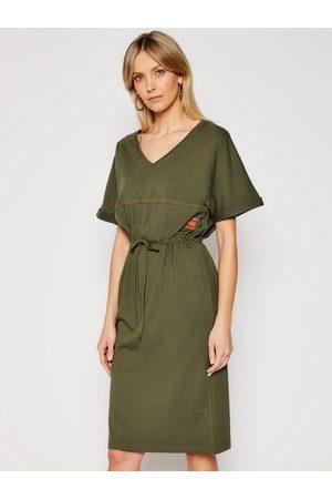 adidas Sukienka codzienna Adjustable Waist D19289-B771-723 Regular Fit