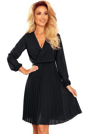 Numoco Kobieta Sukienki koktajlowe i wieczorowe - Kopertowa sukienka z plisowanym dołem - czarna