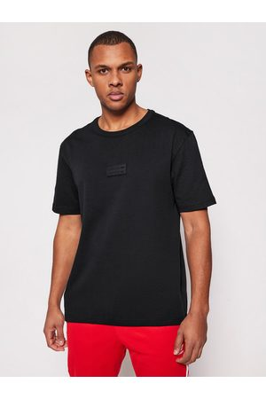 adidas T-Shirt R.Y.V. Silicone Badge Tee GN3310 Regular Fit