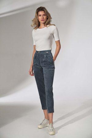 Figl Kobieta Spodnie - Sztruksowe spodnie z zakładkami - niebieskie