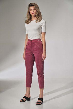 Figl Kobieta Spodnie - Sztruksowe spodnie z zakładkami - różowe