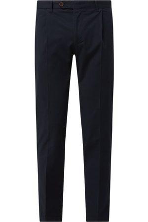 Windsor Mężczyzna Spodnie - Spodnie z zakładkami w pasie z dodatkiem wiskozy model 'Silvio'