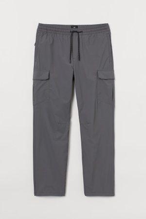 H&M Nylonowe spodnie cargo