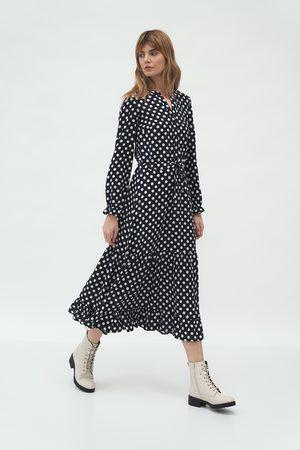Nife Kobieta Sukienki z nadrukiem - Długa sukienka z falbanką - kropki