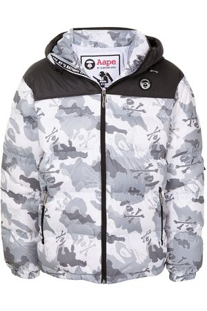 AAPE BY A BATHING APE White