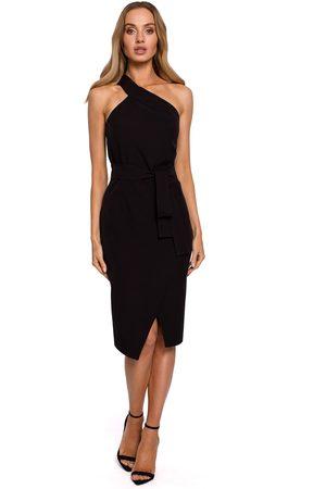 MOE Kobieta Sukienki dopasowane - Dopasowana sukienka na jedno ramię - czarna