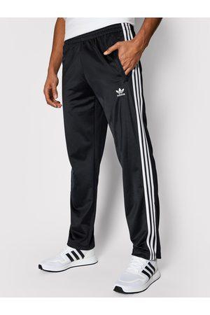 adidas Spodnie dresowe adicolor Firebird Tp GN3517 Regular Fit