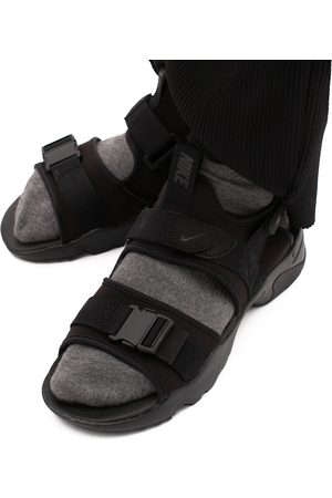 Mężczyzna Sandały - Nike Canyon Sandal Męskie Czarne (CI8797-001)