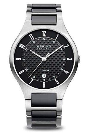 Bering Męski zegarek na rękę analogowy kwarcowy tytan 11739-702