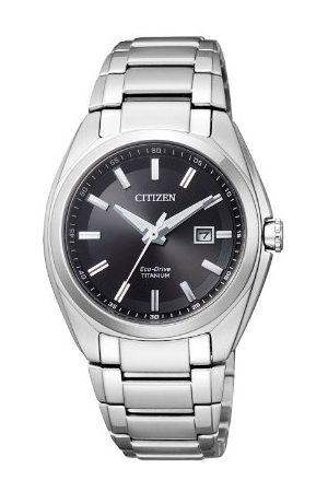 Citizen Damski analogowy zegarek kwarcowy z tytanową bransoletką EW2210-53E