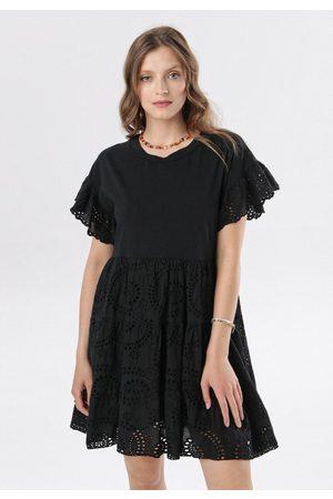 BORN2BE Kobieta Sukienki - Czarna Sukienka Kahlirelia