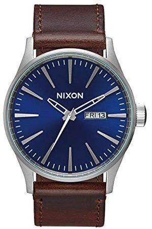 Nixon Męski zegarek kwarcowy A105 Sentry 42 mm ze stali nierdzewnej pasek Jeden rozmiar Blue/Chocolate