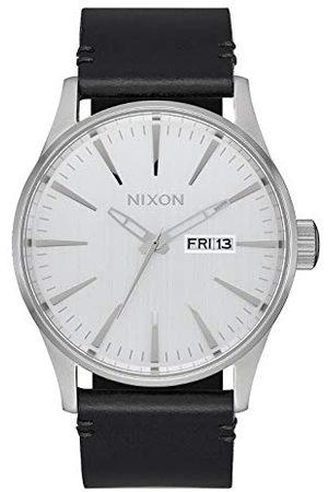 Nixon Męski analogowy zegarek kwarcowy ze skórzanym paskiem A105-2871-00