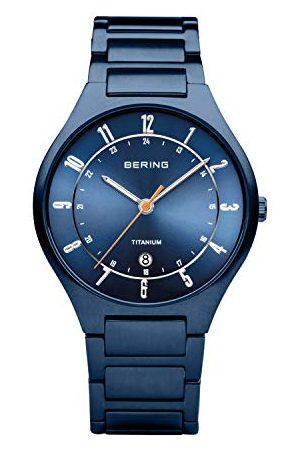 Bering Męski analogowy zegarek kwarcowy z bransoletką tytanową 11739-797