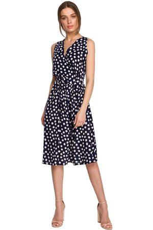 MOE Kobieta Sukienki bez rękawów - Rozkloszowana sukienka w grochy bez rękawów - granatowa