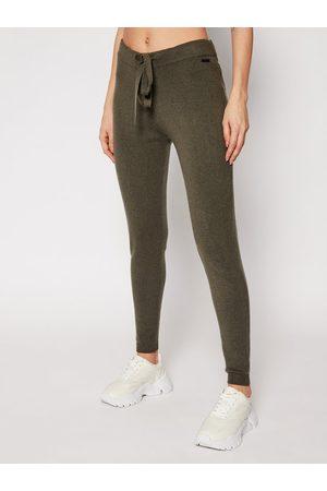 Guess Spodnie dresowe Tania W0RR10 R2QA0 Regular Fit