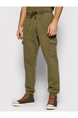 Guess Spodnie dresowe M1YB53 K9W01 Slim Fit