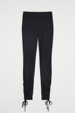 H&M Marszczone legginsy