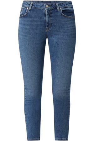 Gant Kobieta Rurki i Slim Fit - Jeansy skrócone ze średnim stanem o kroju slim fit z dodatkiem streczu model 'Farla'