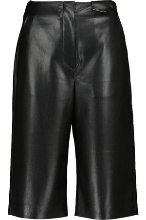 Nanushka Kobieta Bermudy - Nampeyo faux leather Bermuda shorts