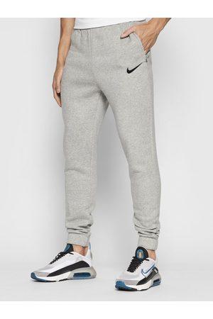 Nike Spodnie dresowe Park 20 CW6907 Regular Fit