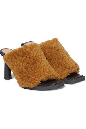 Jacquemus Les Mules Carrés Ronds shearling sandals