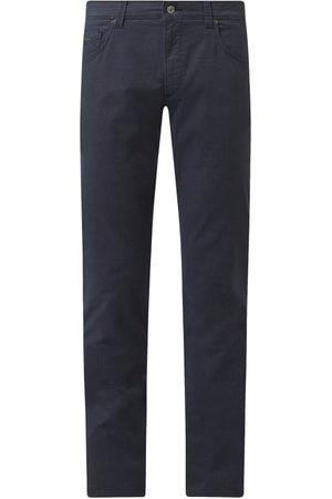 Bugatti Mężczyzna Spodnie - Spodnie o kroju regular fit z dodatkiem streczu model 'Cordoba'