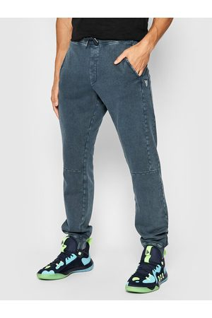Guess Spodnie dresowe M1BB03 K68I1 Regular Fit