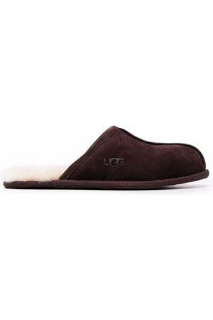 UGG Brown