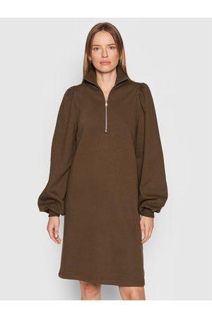 Gestuz Kobieta Sukienki dzianinowe - Sukienka dzianinowa Nankita Zipper 10905582 Regular Fit