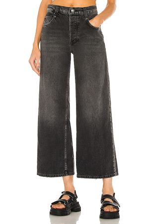 Free People Chalet Straight Leg in - Black. Size 24 (also in 26, 27, 25, 28, 29, 30, 31).